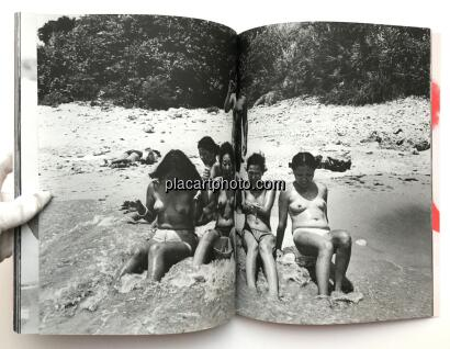 Mao Ishikawa,Red Flower - The Women of Okinawa /Akabana - Okinawa no onna