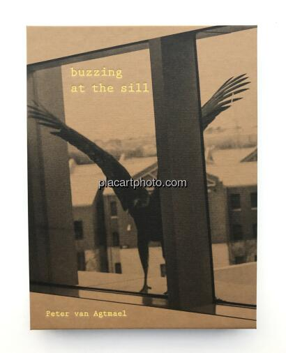 Peter van Agtmael,Buzzing at the sill (SIGNED)