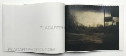 Todd Hido,Roaming : Landscape Photographs 1994-2004