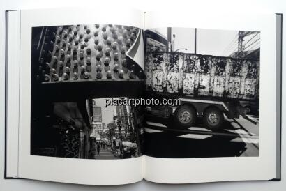 Shinya Arimoto,TOKYO CIRCULATION (Black cover or silver cover, Signed copy)